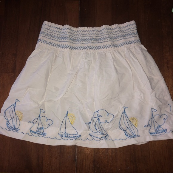 Lilly Pulitzer Other - Lilly pulitzer sailboat skirt 5 sun white